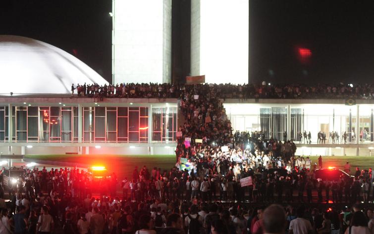 protestos 2013