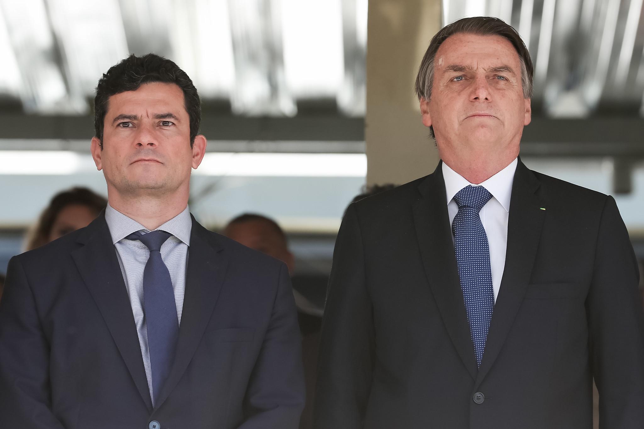 brasil descendo a ladeira